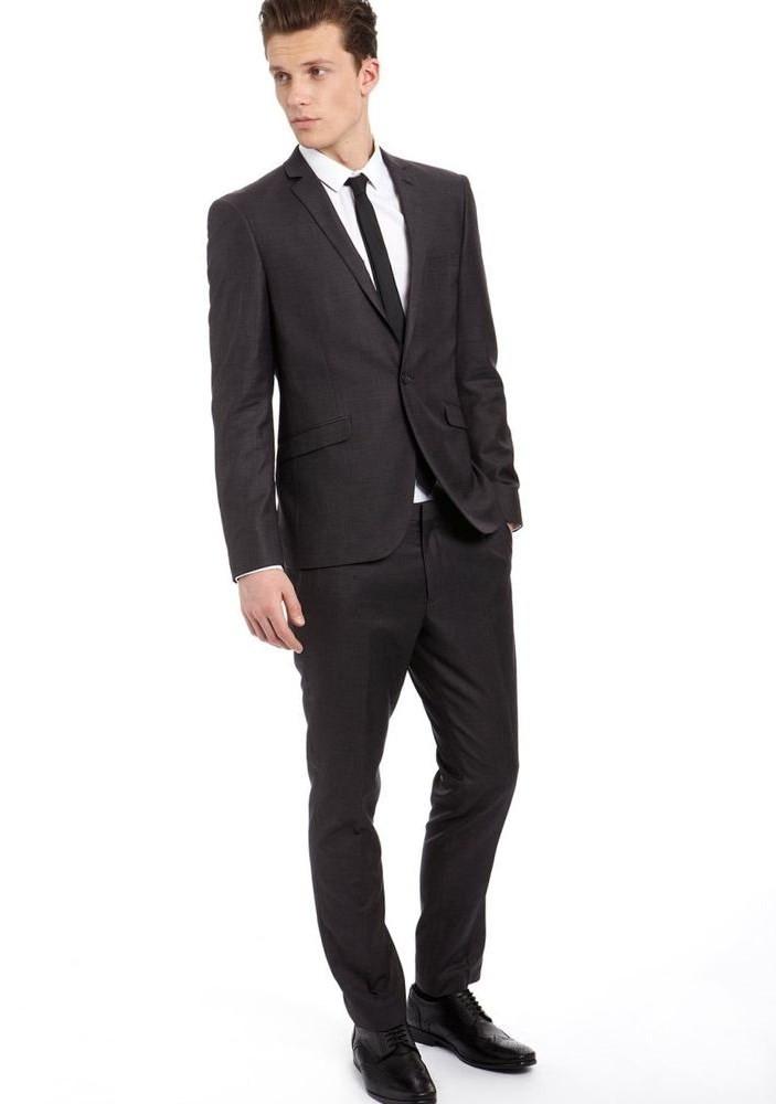 классический костюм черный
