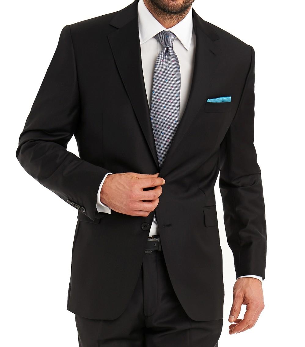 черный костюм серый галстук