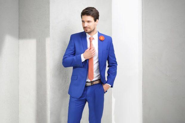 костюм на выпускной для парня 2018-2019: синий пиджак классика