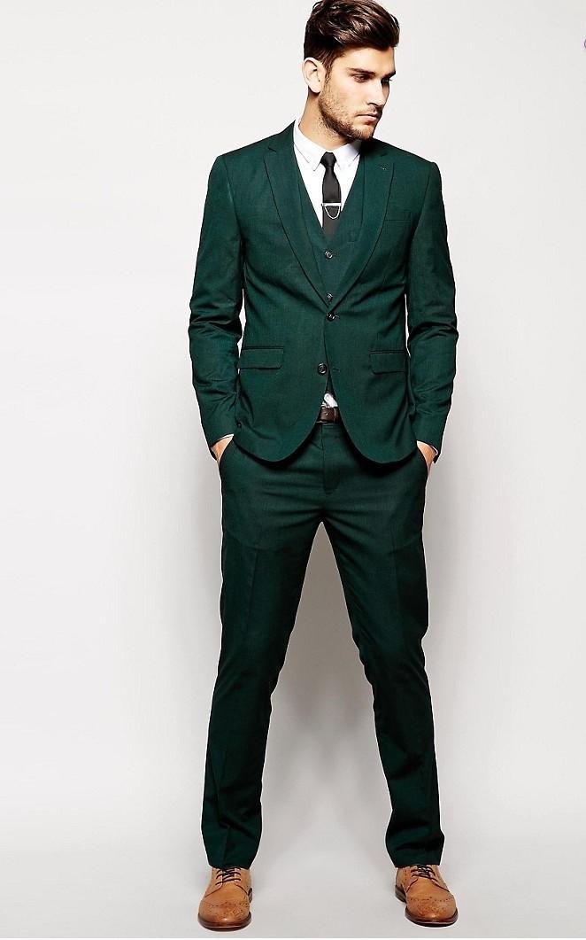 костюм зеленый тройка