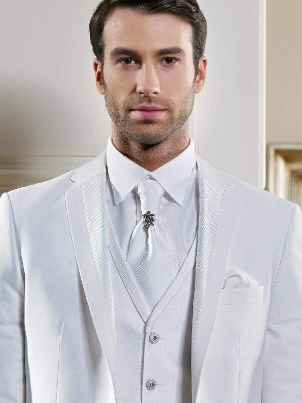 костюм на выпускной для парня 2018-2019: тройка белый