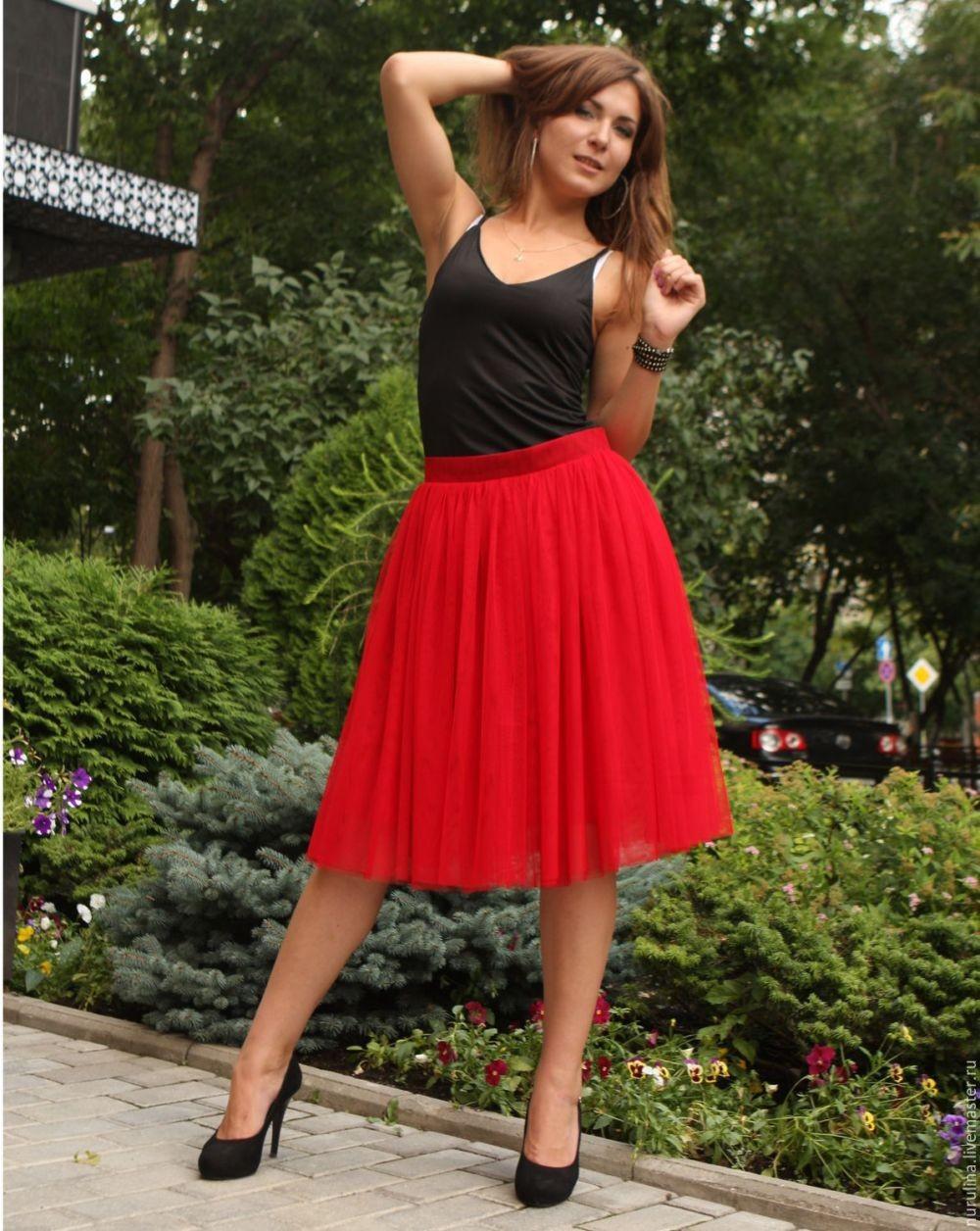 красная юбка пачка под топ черный