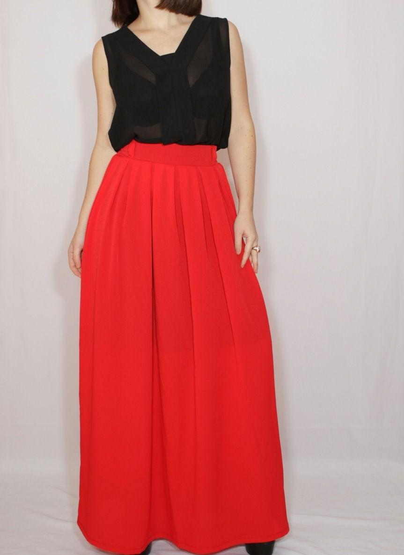 красная юбка макси под блузку черную