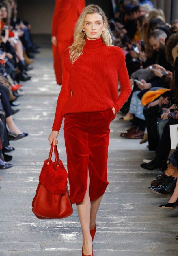 юбка по колено красная бархат под свитер в тон