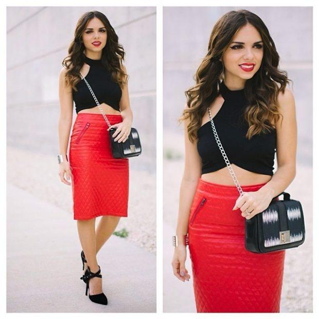 красная юбка с чем носить: с эко-кожи топ черный
