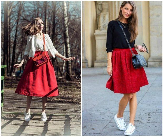 Красная юбка с чем носить: солнце под кеды белые