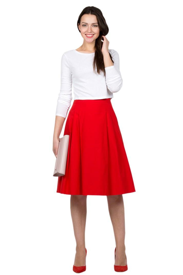 Красная юбка с чем носить: а силуэт под белую кофту