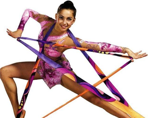 купальники для художественной гимнастики: сиреневый с цветком рукав длинный