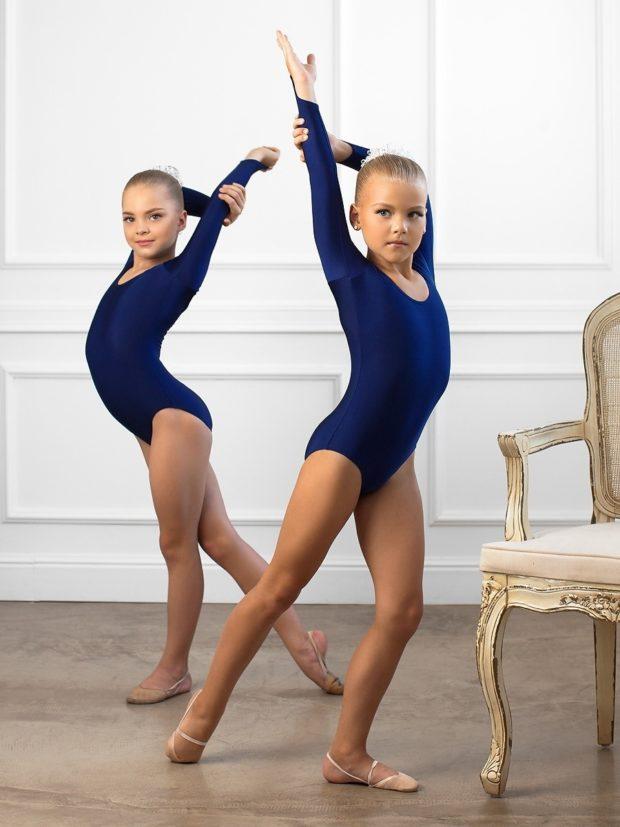 купальники для художественной гимнастики для выступлений: синие тренировочные