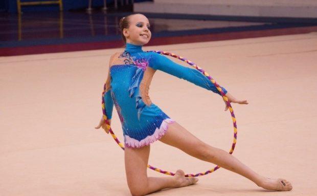 купальники для художественной гимнастики для выступлений: голубой полиэстер рукав длинный