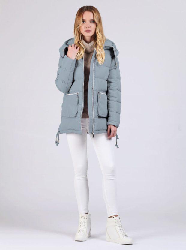 Модные куртки 2018-2019: серый пуховик с карманами большими