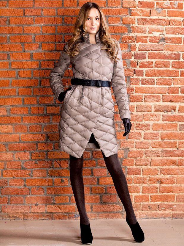 Модные куртки 2018-2019: стеганый пуховик асимметрия