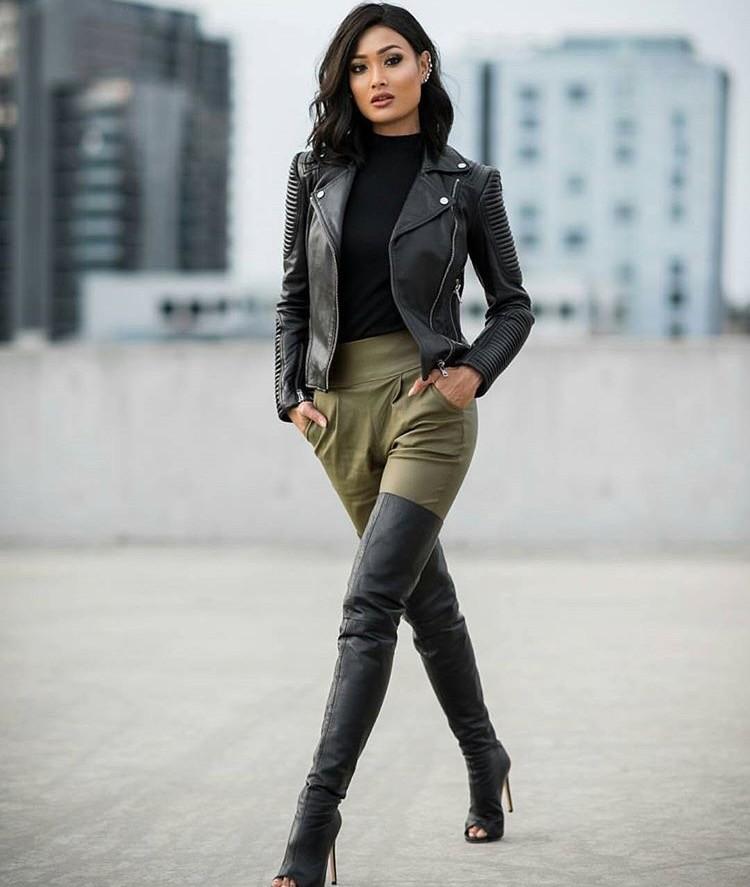 Модные куртки 2018 2019: косуха черная с интересными рукавами