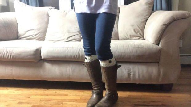 как носить высокие носки с джинсами