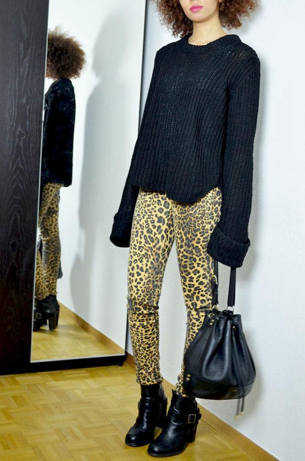 с чем носить леопардовые джинсы
