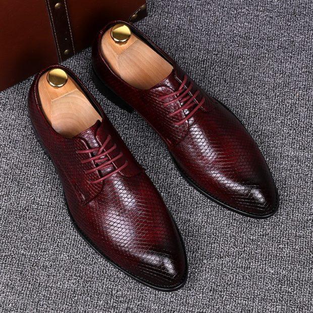 классические туфли летние темно-красные с черным носком