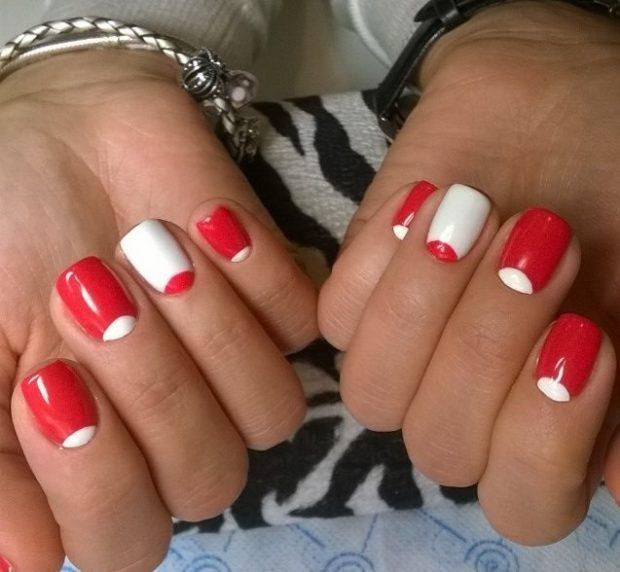 красно-белый маникюр с лунками