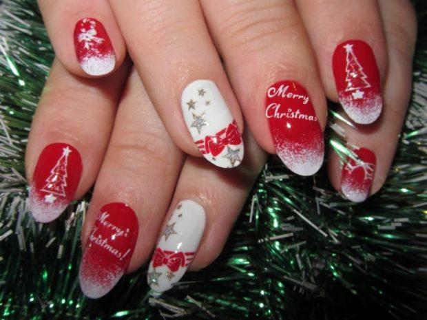 красно белый маникюр зимний со снежинками надписями бантами