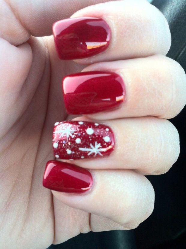 красно белый маникюр зимний со снежинками