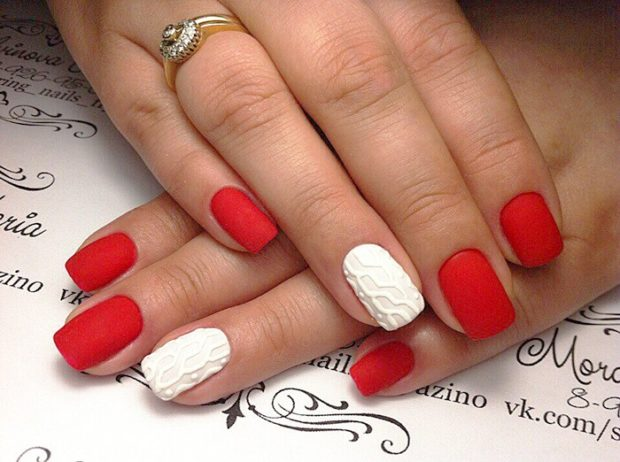 красно-белый маникюр вязка на одном пальце