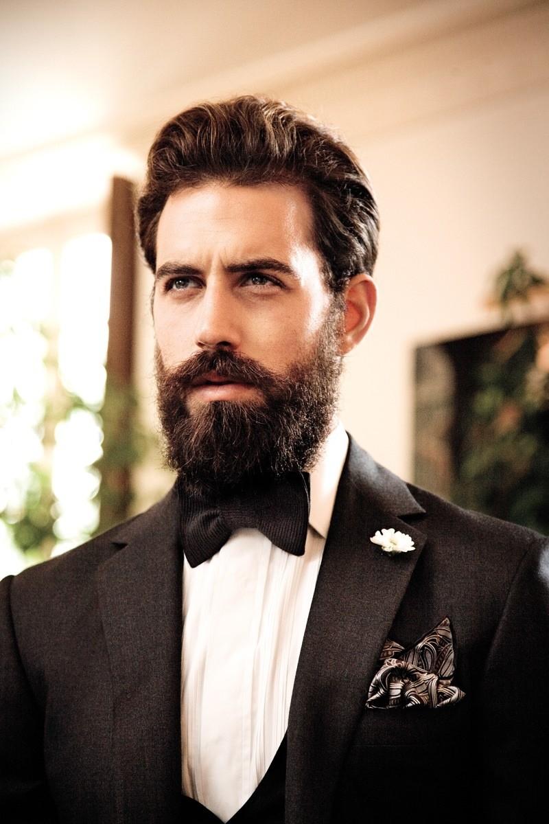 густая борода классика с усами