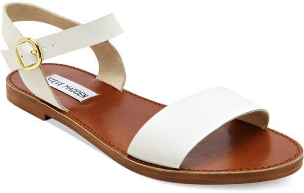 модные босоножки: на низком ходу белые