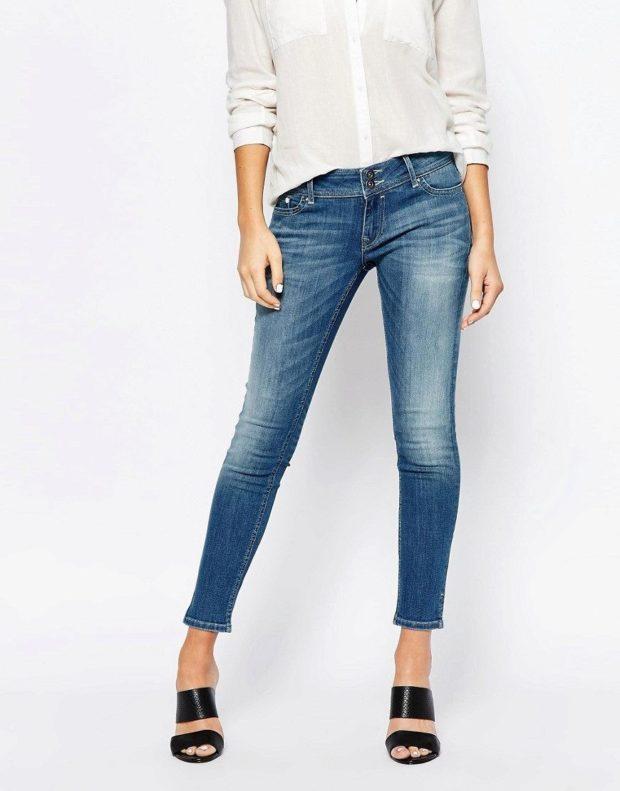 джинсы скинни короткие
