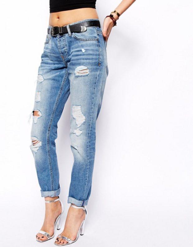 джинсы бойфренды укороченные с дырками