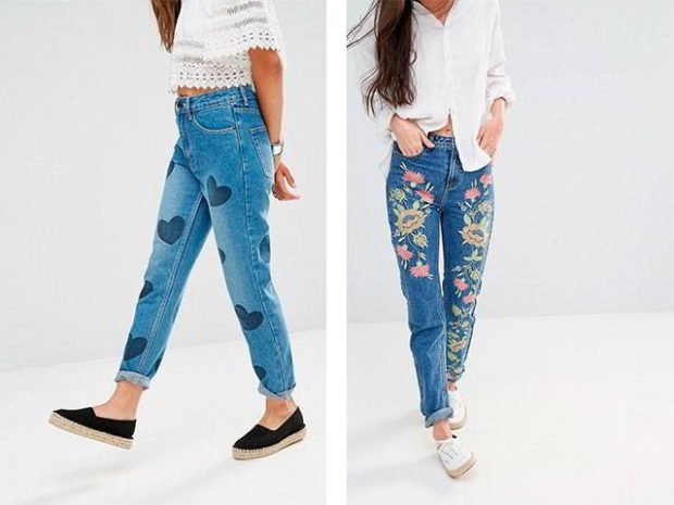 короткие джинсы в сердечки синие в цветочный принт
