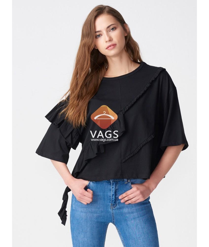 модные футболки 2018 женские: черная с воланами с надписью