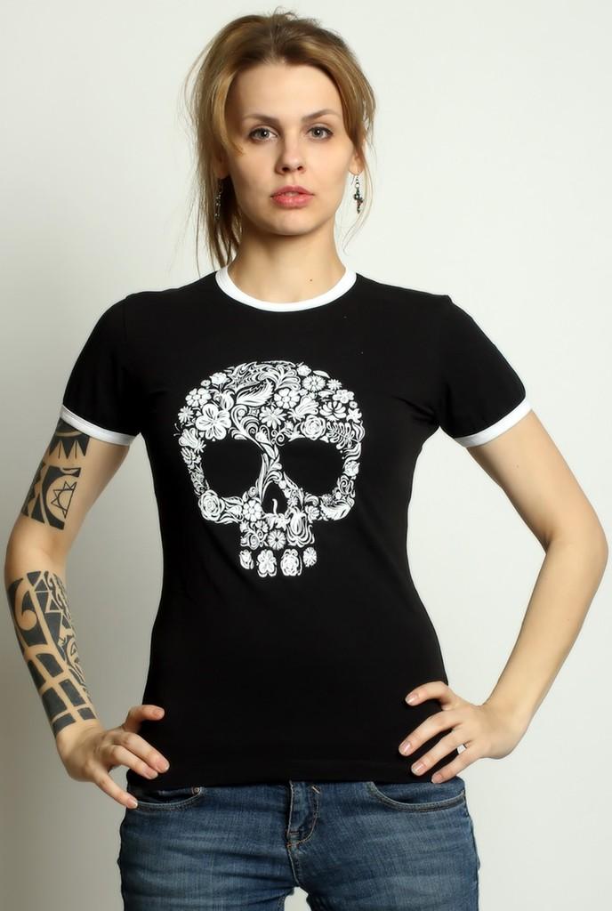 модные футболки 2018 женские: черная с черепом