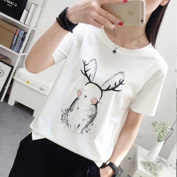 футболки лето 2018 женские: белая с рисунком
