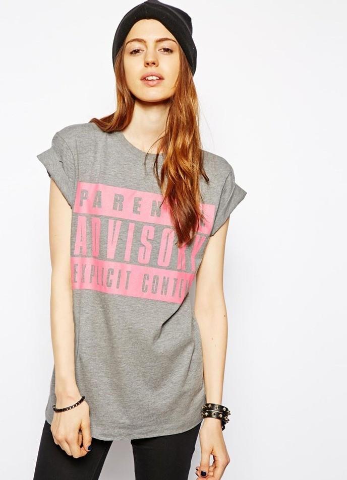 модные футболки 2018 женские фото: серая длинная с надписями