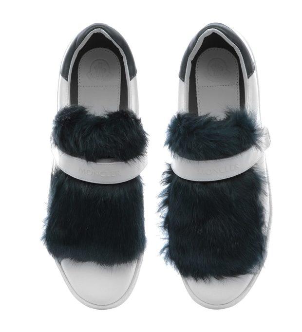 с чем носить кеды: белые с мехом черным