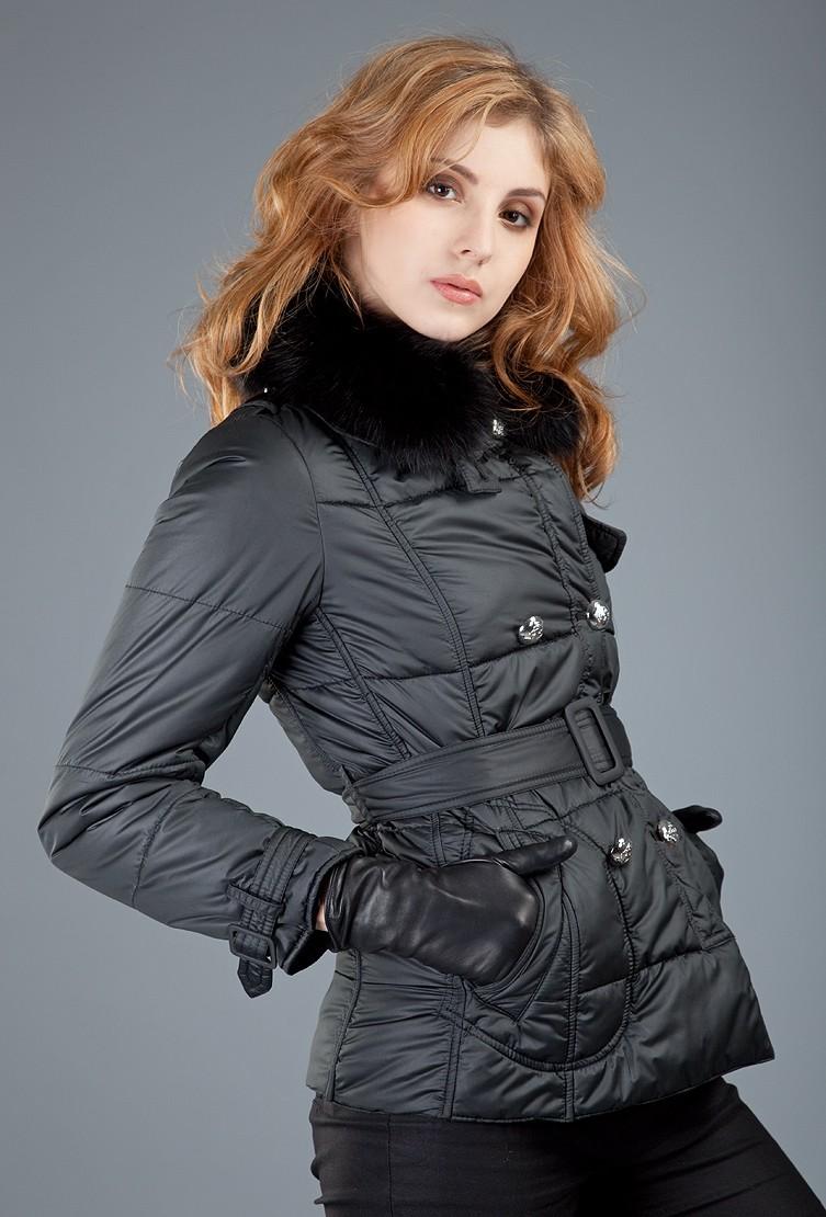 куртка на синтепоне черная с поясом
