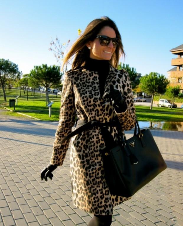 модные принты 2018 2019 года в одежде: леопардовое пальто под пояс