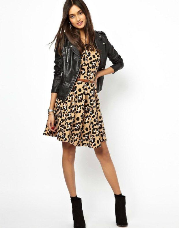 модные принты 2018 2019 года в одежде: платье леопардовое а-силуэт