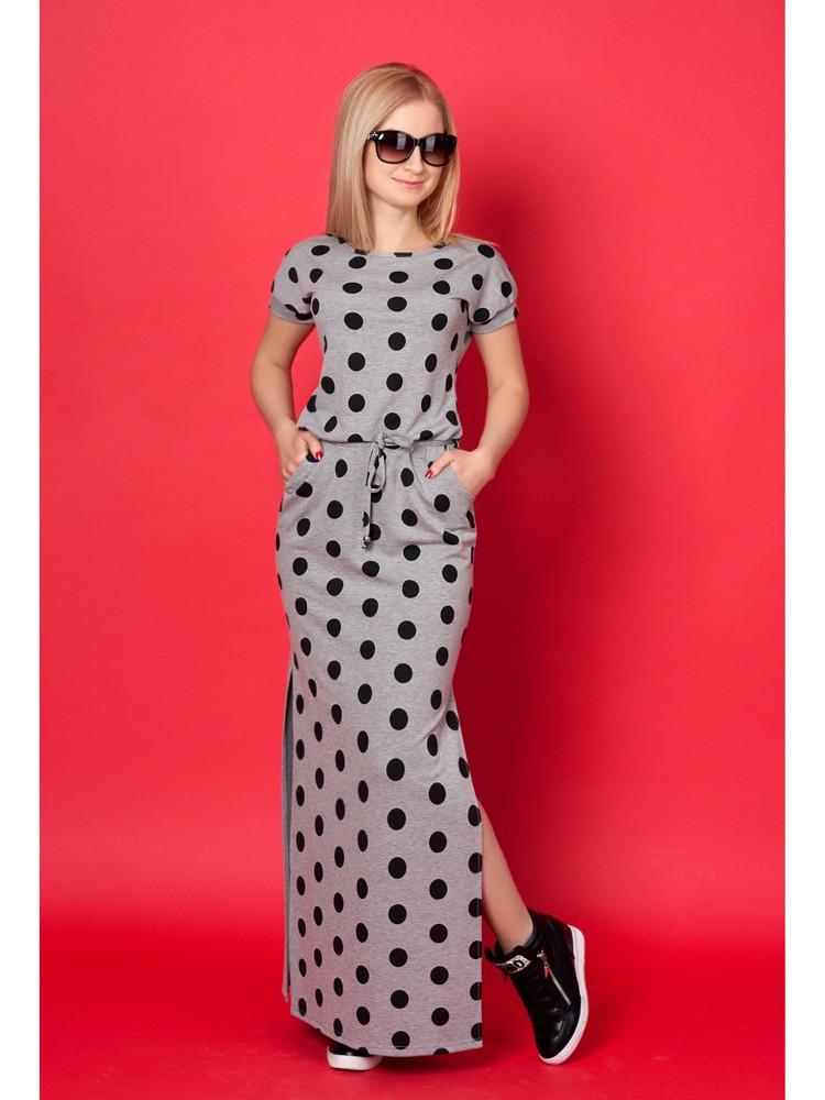 модные принты 2018 2019 года в одежде: серое трикотажное платье в горох