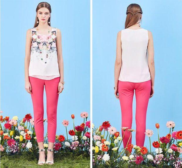 модные принты 2018 2019: майка белая в цветы розовые штаны