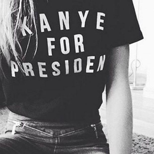 модные принты 2018 2019 года в одежде: футболка черная с надписями