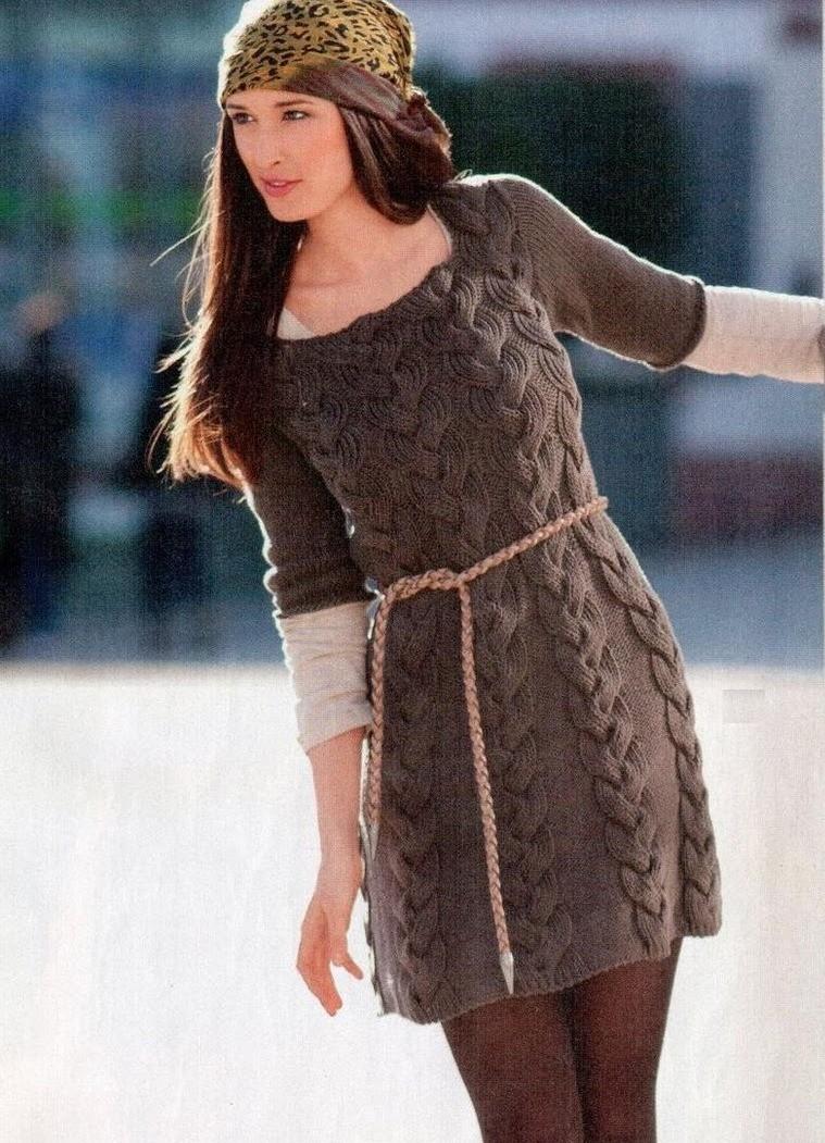 платье вязаное коричневое