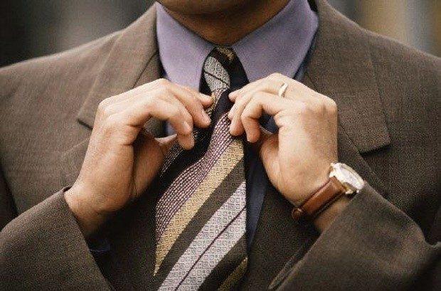 галстук полосатый