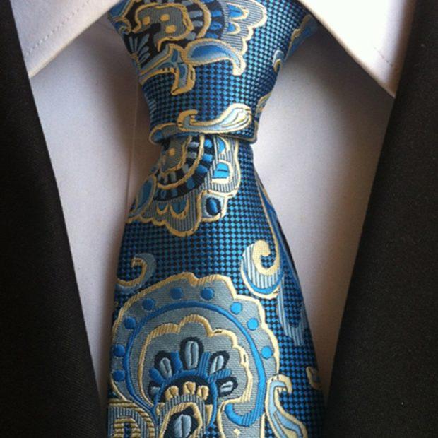 галстук синий с золотыми рисунками цветами
