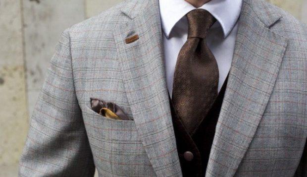 галстук атласные коричневый с вензелями