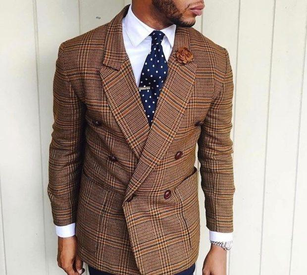 галстук синий шелковый в горох