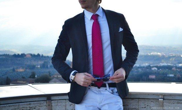 малиновый галстук