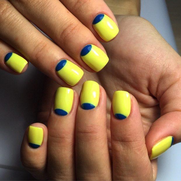 яркий лунный маникюр желтый с синим