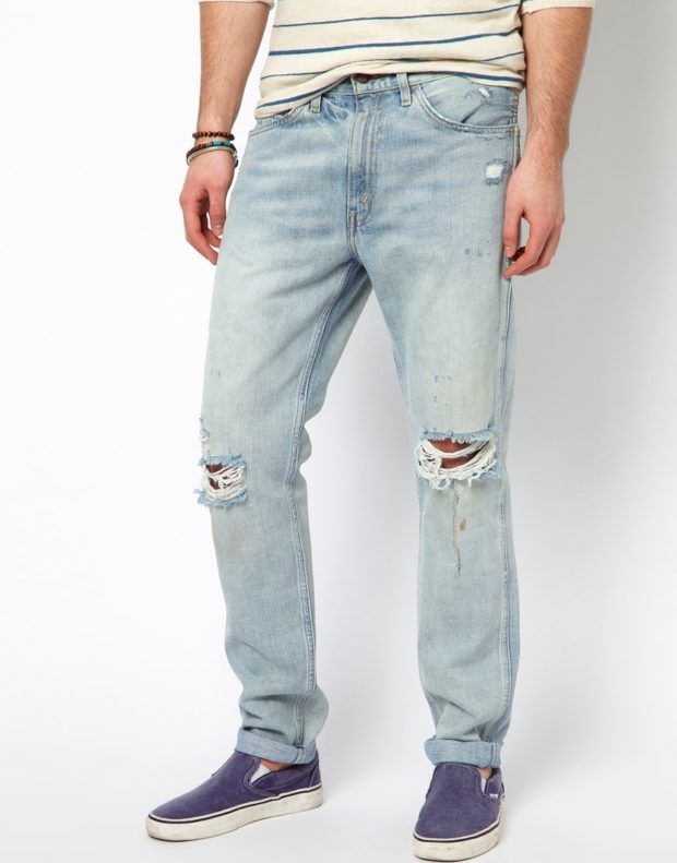 светлые джинсы дырки на коленах