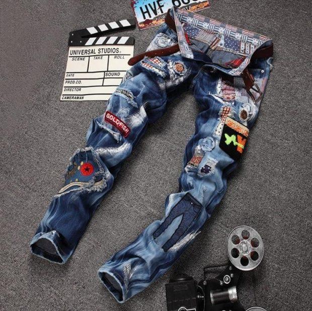 джинсы с аппликациями