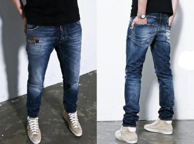 модные мужские джинсы 2020 2021: синие потертые